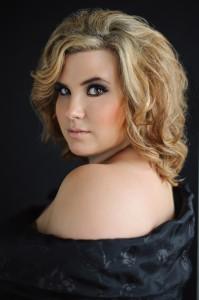 Kelly Smith Slawson Headshot