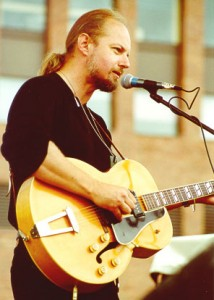 Garnet Rogers to perform at Walkabout Clearwater Coffeehouse