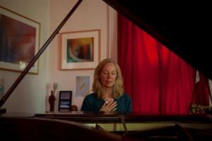 kazzrie at piano