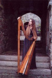 guest-artist-cheryl-ann-fulton-will-play-baroque-harp1