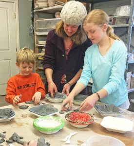 mom-and-kids-making-at-sat-drop-in-edited-lr