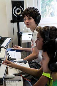 hbms-summer-arts-program-music-lab-400px