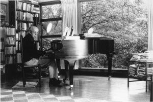 aaron-copland-piano-430x288